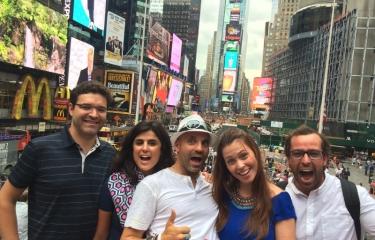 Olidaytours in Action - lots of fun on a walking, biking or sightrunning tour through NYC
